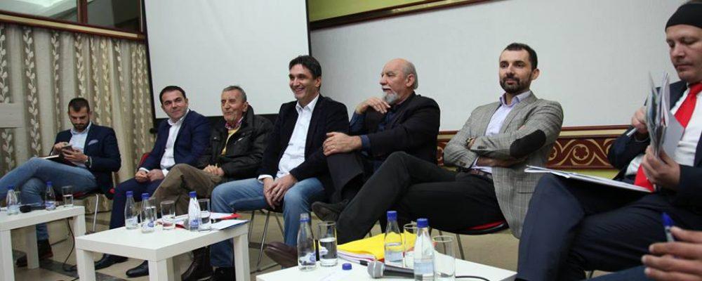 """Održana treća ,,Znam koga biram"""" javna diskusija – Cetinje i infrastrukturni razvoj"""